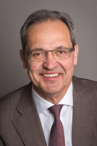 Neumeyer, Dr. Stefan